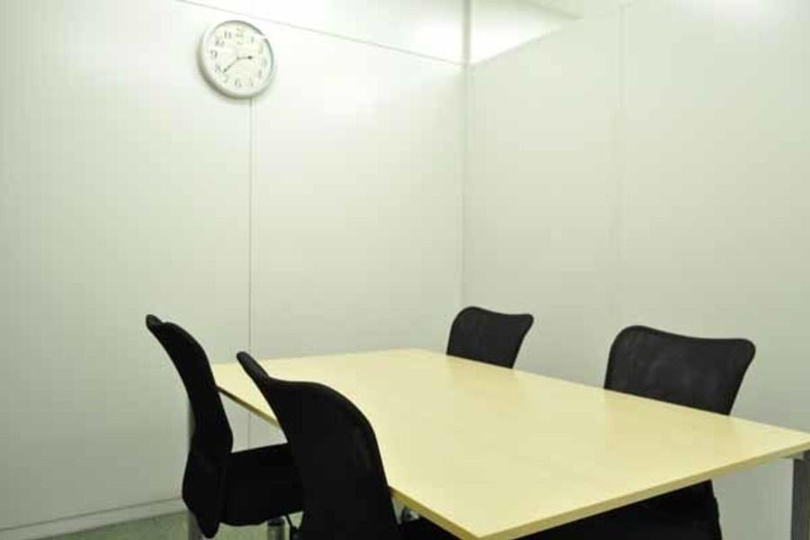 ハロー貸会議室 新橋 : 会議室Bの会場写真
