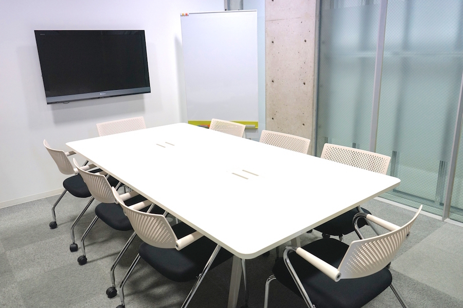 【六本木・西麻布】MONSTER STUDIO : 貸し会議室の会場写真