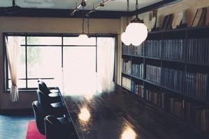大正時代をコンセプトにしたレトロな空間のcafebar。の写真