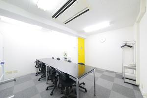オフィスアテンド新大阪 : 会議室の会場写真