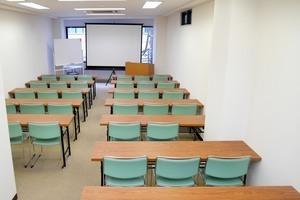神保町から徒歩3分!エリア最安最大36名収容会議室!の写真