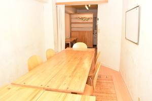 銀座の小さなレンタルスペース スペースコナ : 2階多目的スペースの会場写真