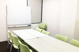 【池袋】可愛らしい雰囲気の駅チカ会議室の写真