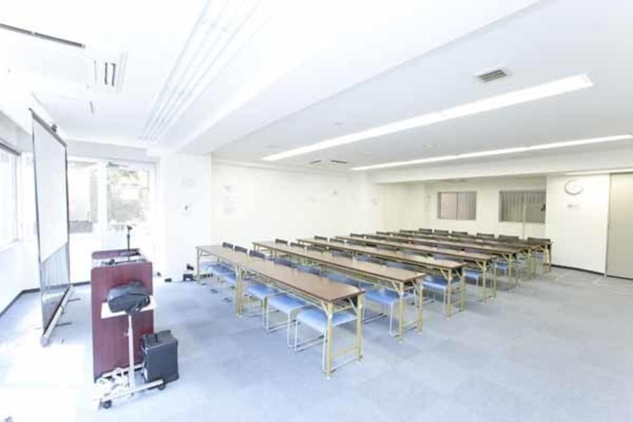 ハロー貸会議室 四谷駅前 : 会議室Bの会場写真