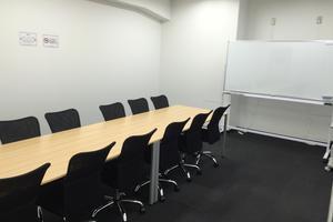 【八重洲エリア】アクセス良好な貸し会議室 8名様収容可能 会議室Bの写真