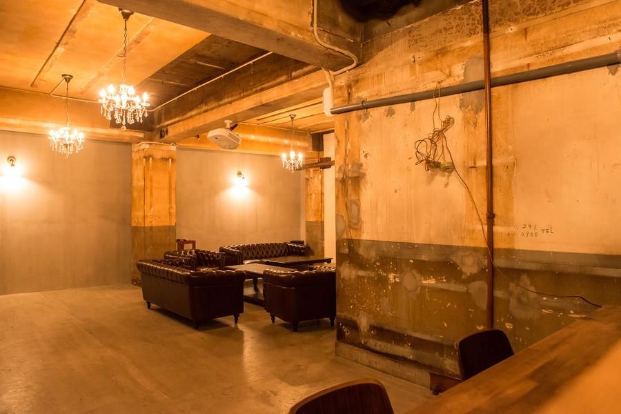 秘密基地 : 地下の20坪の貸し切り空間の会場写真