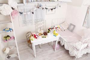 【大阪和泉】撮影に人気♪女の子のお部屋をイメージした洋風スペースの写真