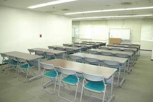センタープラザ西館貸会議室 : 2号会議室の会場写真