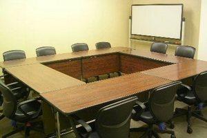 センタープラザ西館貸会議室: 6号会議室の会場写真