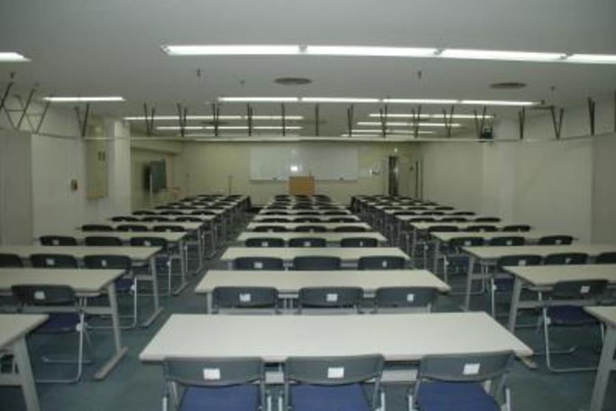 センタープラザ西館貸会議室 : 9号会議室の会場写真