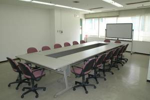 センタープラザ西館貸会議室: 14号会議室の会場写真