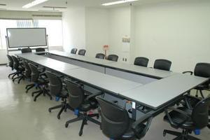 センタープラザ西館貸会議室: 15号会議室の会場写真