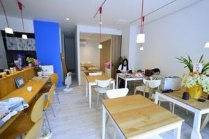 健康カフェODL: カフェスペースの会場写真