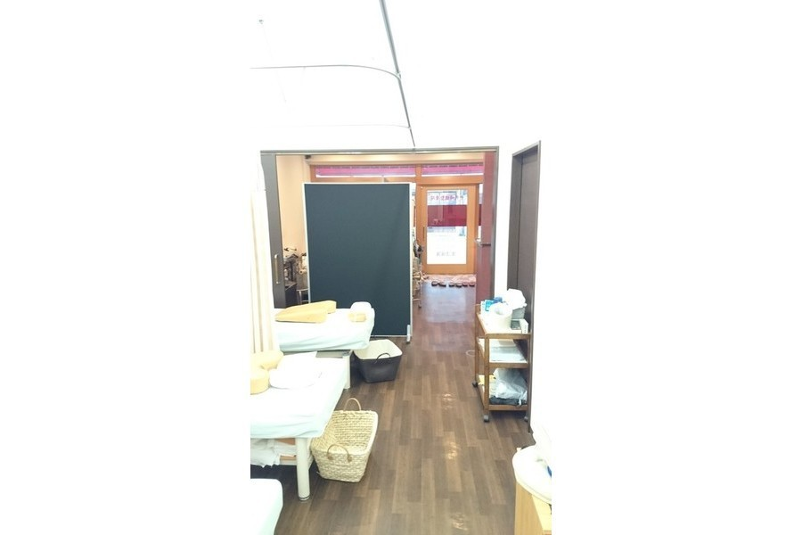 千代崎橋整骨院 : 店内施術スペースの会場写真