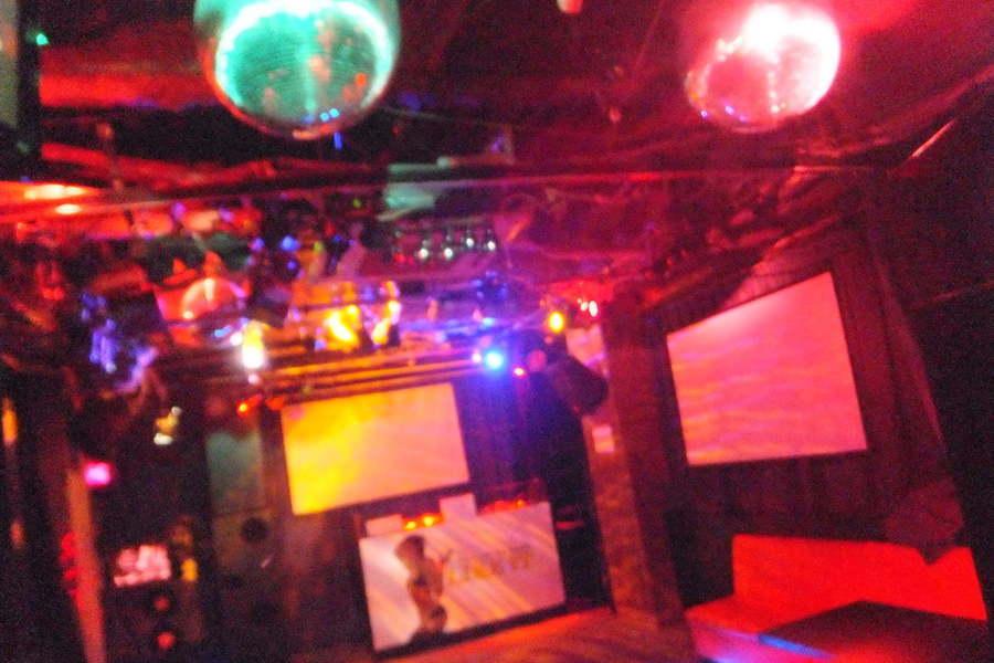 DJバー・ライブハウス・ライクイット : イベントスペースの会場写真