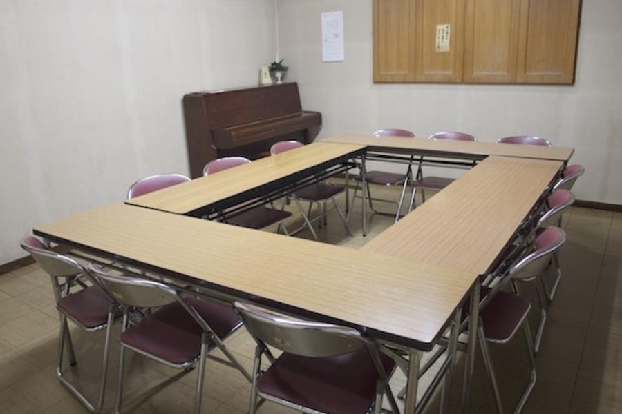 横浜YWCA会館 : 102号室の会場写真