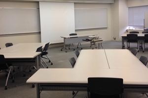 多摩永山情報教育センター/スマイルホテル東京多摩永山 : 教室C−1の会場写真