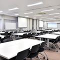 教室E−1