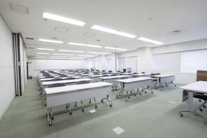 多摩永山情報教育センター/スマイルホテル東京多摩永山 : 教室F−1の会場写真