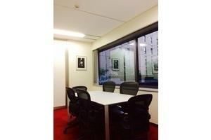 六本木一丁目駅近!清潔で便利な会議室!の写真