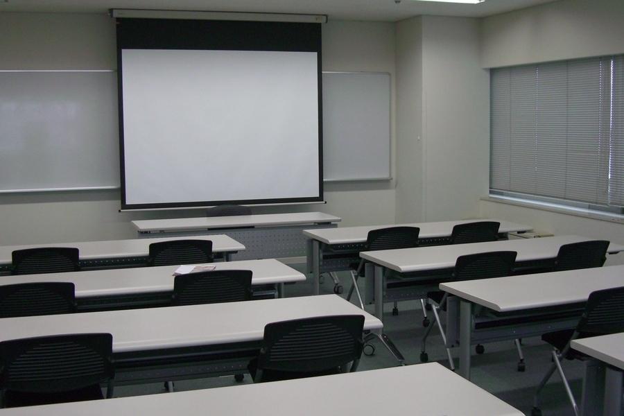 多摩永山情報教育センター/スマイルホテル東京多摩永山 : 教室A−2の会場写真