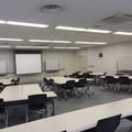 教室D−4