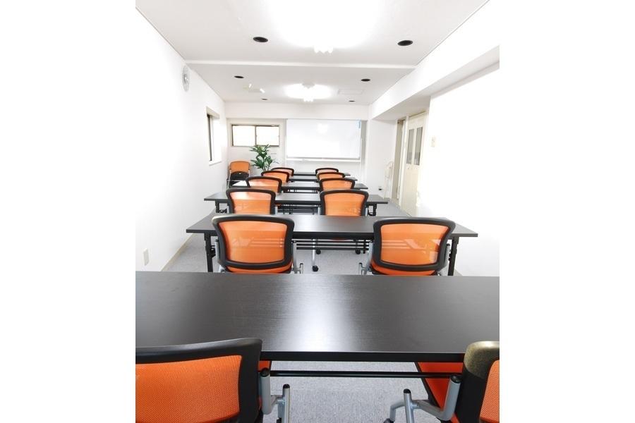 スマートスペース渋谷 : 会議室の会場写真