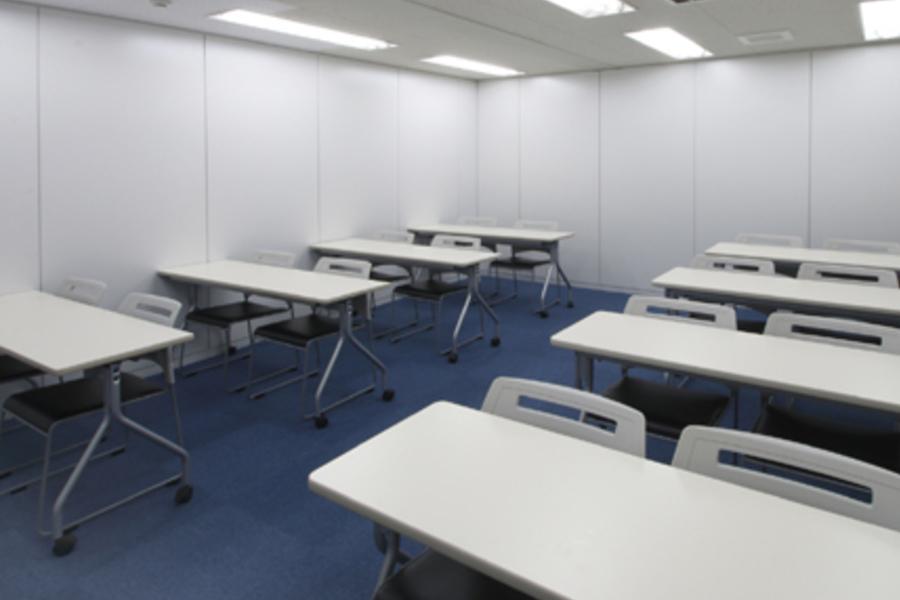 貸会議室ROOMs(ルームス)錦糸町店 : 第3会議室の会場写真