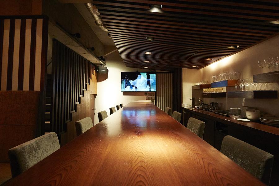 Lounge-Maro(ラウンジマロ) : 西麻布にあるカラオケ付隠れ家ラウンジの会場写真