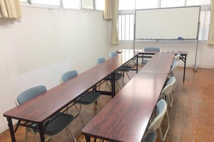 【格安】天神駅近く!完全個室の貸会議室(〜20名)の写真