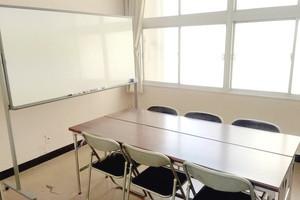 【天神・赤坂】格安!少人数向け貸し会議室の写真