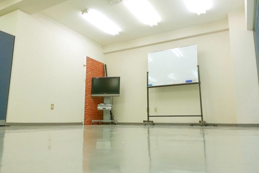 スタジオlecst : 稽古場の会場写真