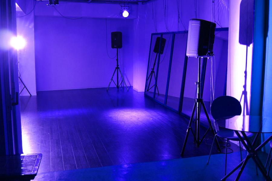 アートライブスペース「スペシャルカラーズ」 : ライブスペースの会場写真