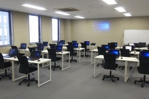 ネクストステップ ラーニングカレッジ : 研修室Aの会場写真