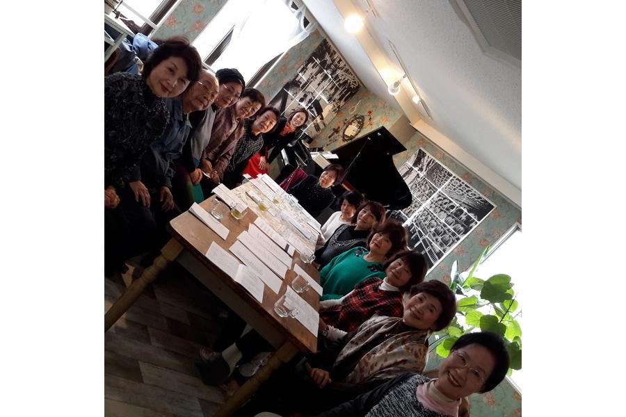 【大津市石山】アンネの音楽教室 : サロンスペース(演奏会・発表会仕様)の会場写真
