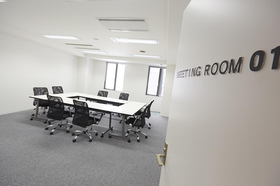 D-SPOT-COM本町 : D-SPOT-COM本町会議室の会場写真