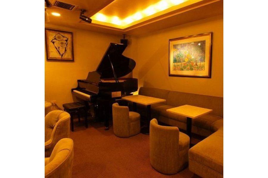 アンク : ピアノラウンジの会場写真