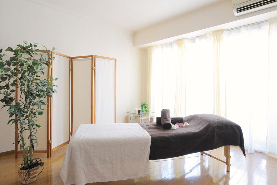 南森町レンタルサロン LaQoo : レンタルサロン11(完全個室プライベートサロン)の会場写真