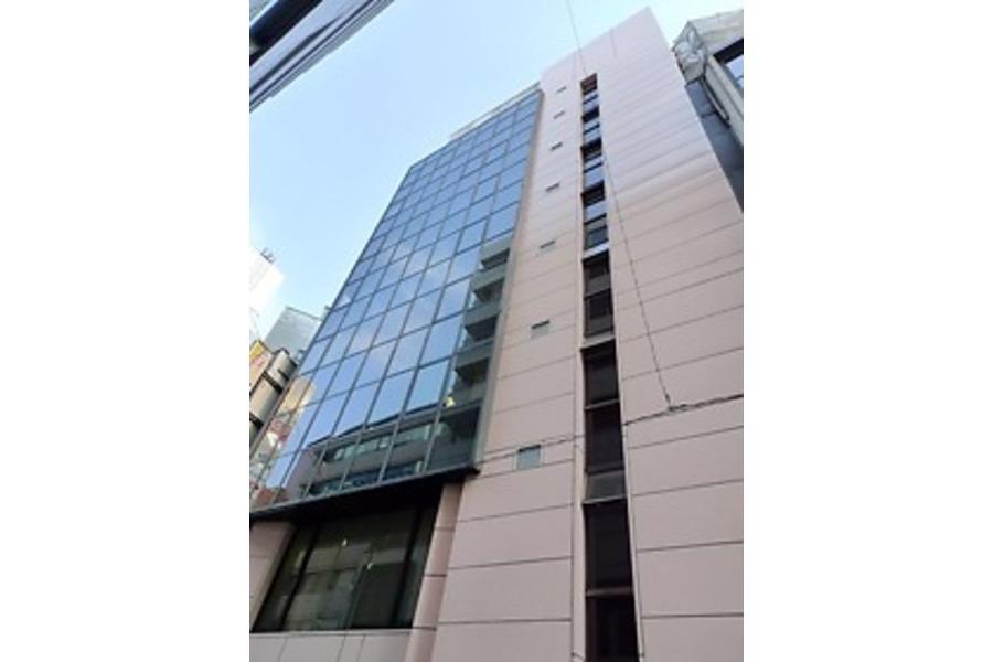 【新宿】知恵の場オフィス : セミナールームの会場写真