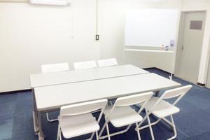 【西中島】真っ白で綺麗!レンタル教室(定期利用可)の写真