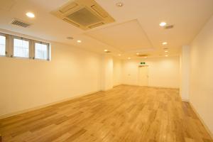 【設備も充実】アクセス抜群の金沢の中心地、ギャラリーやミーティング、教室など24時間365日使える多目的スペース。の写真