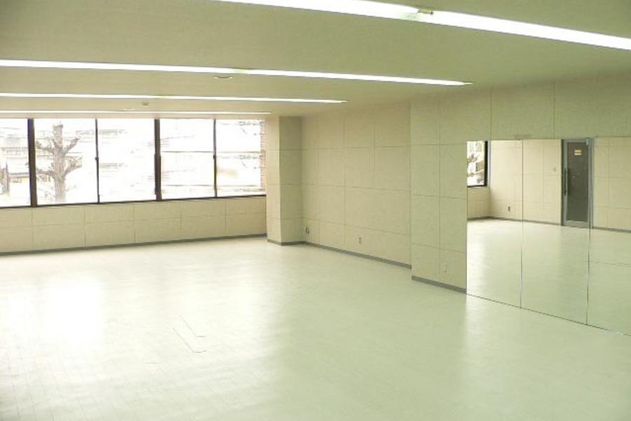 Second Floor : 多目的フロアの会場写真