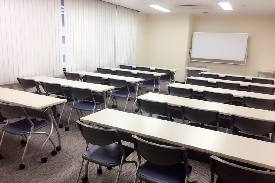 NATULUCK名古屋栄中央 : 第5会議室の会場写真