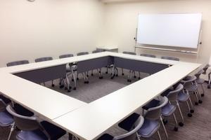 NATULUCK名古屋栄中央 : 第4会議室の会場写真