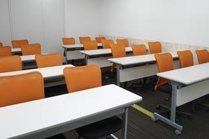 【池袋】落ち着いた雰囲気の駅チカ会議室の写真