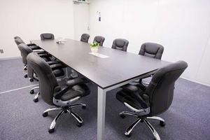 3駅利用可能なリーズナブルな会議室の写真