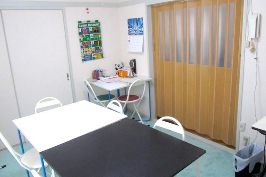 【桜新町】Tess レンタル教室 : 6名用半個室スペースの会場写真