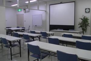 【貸会議室】志木サテライトオフィス : 個室会議室の会場写真