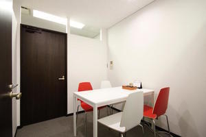 【梅田】駅直結!WiFi無料の個室ミーティングルームの写真