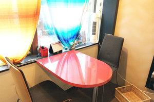 【静かな空間】対面ミニ会議室の写真